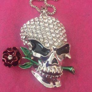 Skull 💀 necklace